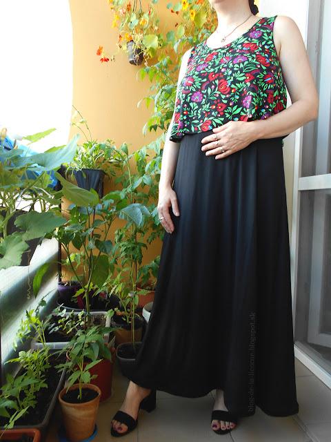 Bonprix úpletové šaty vo vrstvenom vzhľade