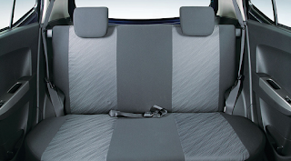 interior mobil toyota agya vs honda brio