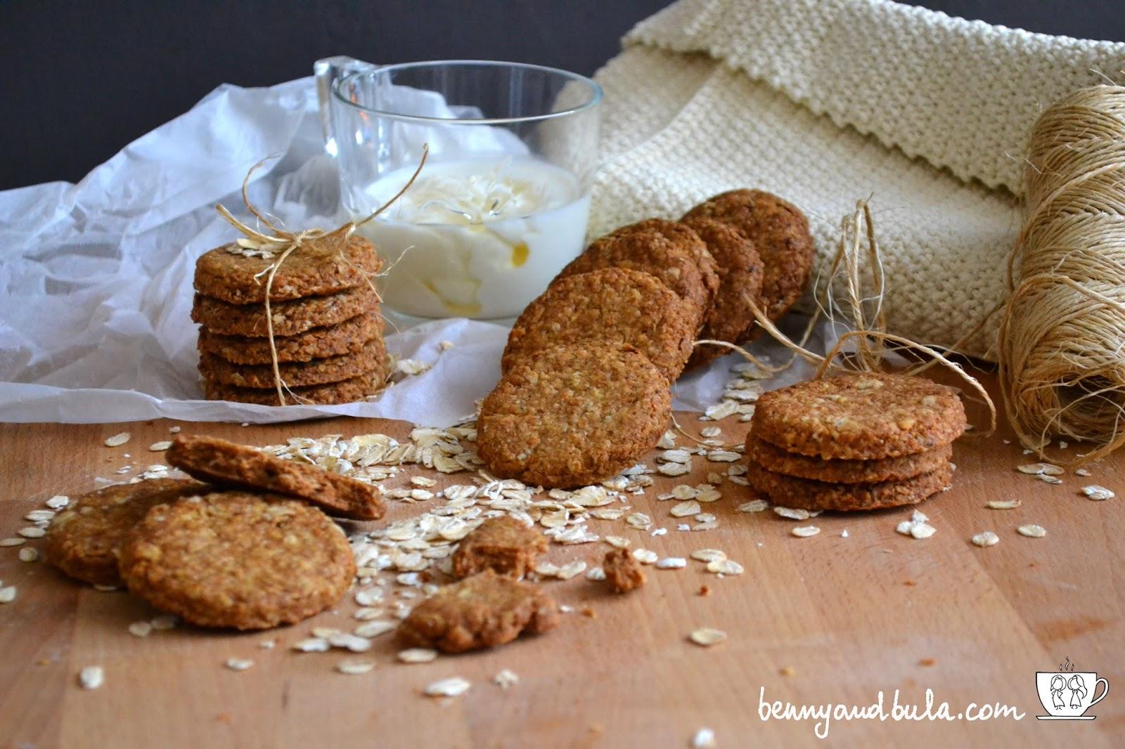biscotto grancereale classico con avena miele e farina integrale / oat cookies whole grain