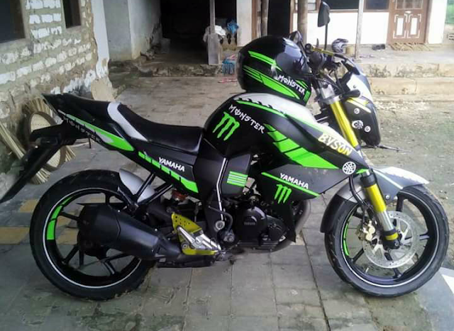 Modifikasi Yamaha Byson Warna Hitam Hijau Monster Energy