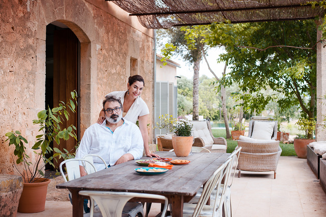 Joan Valent and his wife at home in Mallorca (Photo abcMallorca - Sara Savage)