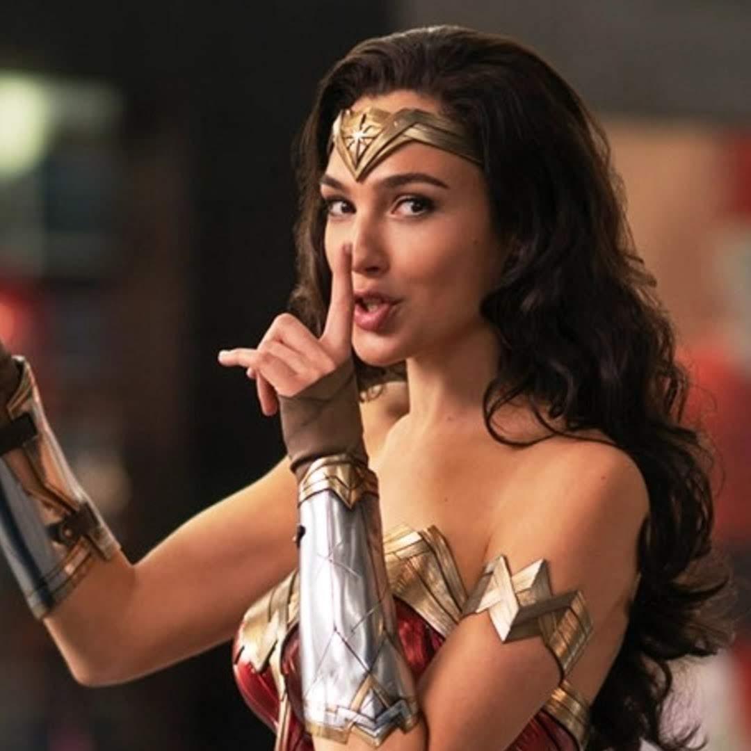 Wonder Woman 1984 : ガル・ガドット主演の DC コミックスの戦うヒロイン映画の第2弾「ワンダーウーマン 1984」が、おしとやかな女性のダイアナ・プリンスの怪力はナイショよ ! ! みたいな新しい写真をリリース ! !