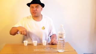 Desaparecer agua. Truco de ciencia-magia revelado 04
