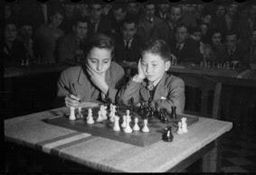 Simultáneas de Arturito Pomar en Lérida el 17 de abril de 1946 (16)