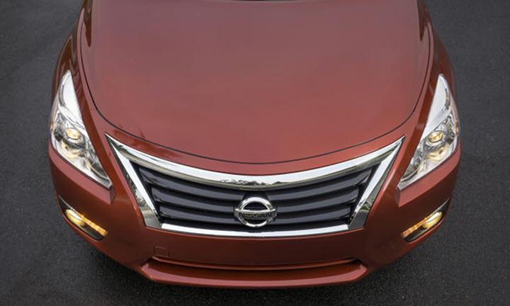 Nissan triệu hồi gần 1,9 triệu xe lỗi chốt nắp ca-pô