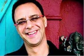 Vidhu Vinod Chopra Family Wife Son Daughter Father Mother Age Height Biography Profile Wedding Photos