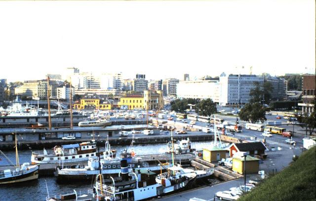 Oslo - Blick auf den Hafen vor dem Rathaus 1988