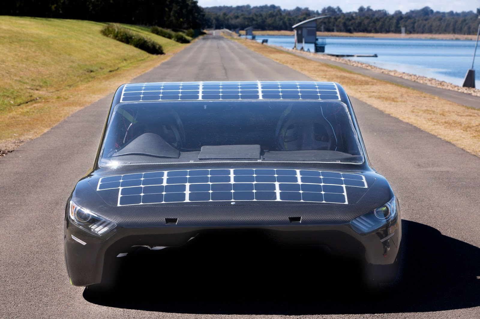 """solar car With the prices of solar and electric vehicle (ev) batteries predicted to continue falling even as the cost of fossil fuels rises, many industry experts — including tony seba, author of """"solar trillions"""" — are forecasting the inevitable rise of solar power in consumer and industrial markets ."""
