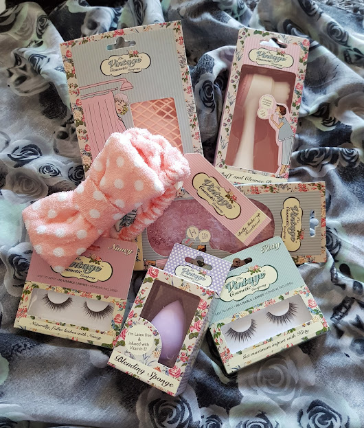 Visual Madness: The Vintage Cosmetic Company Review