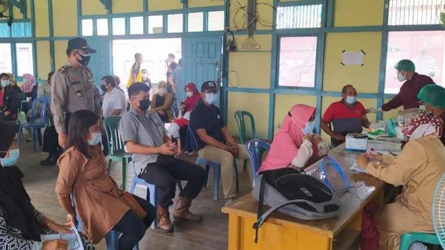 Program Percepatan Vaksinasi Nasional, Polres Sanggau gelar Vaksinasi Massal di Mukok