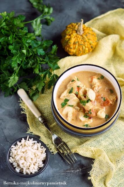curry, wolnowar, kurczak, piersi, mleczko kokosowe, obiad, bernika, kulinarny pamietnik