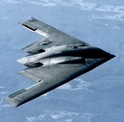 طائرة B-2