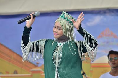 Iyeth Bustami di Festival Pulau Penyengat 2019