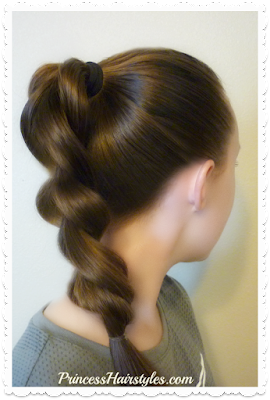 How to make a pull through braid using half the elastics.