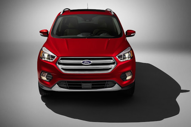 2017 Ford Escape red front