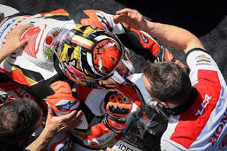 https://1.bp.blogspot.com/-XLEaJB5kbSU/XRXhwUvB9vI/AAAAAAAAFLw/_576UlrfK3kLKh2_DbJ-Ayg6BXiT4k8iwCLcBGAs/s320/Pic_MotoGP-_066.jpg