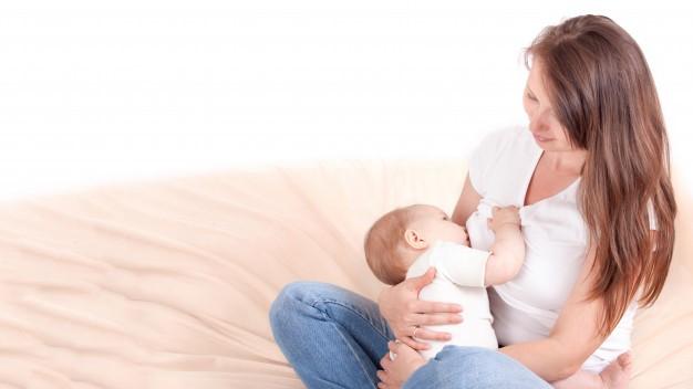 أهم نصائح التغدية للأمهات من أجل رضاعة طبيعية