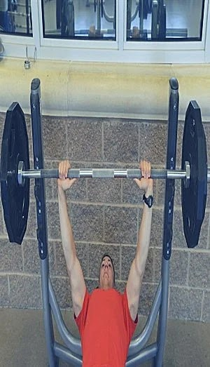 Best Exercises For Chest, decline bench press