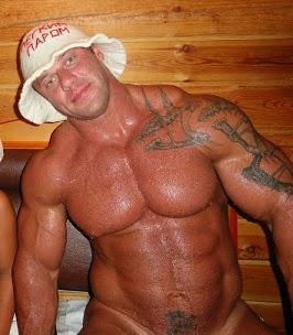 naked guys in sauna