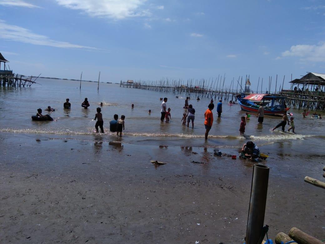 Pantai Tanjung Kait Masih Bebas Layani Pengunjung di Lebaran Kedua ini