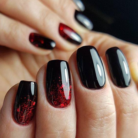 5 Popular Black Nail Arts Design#3
