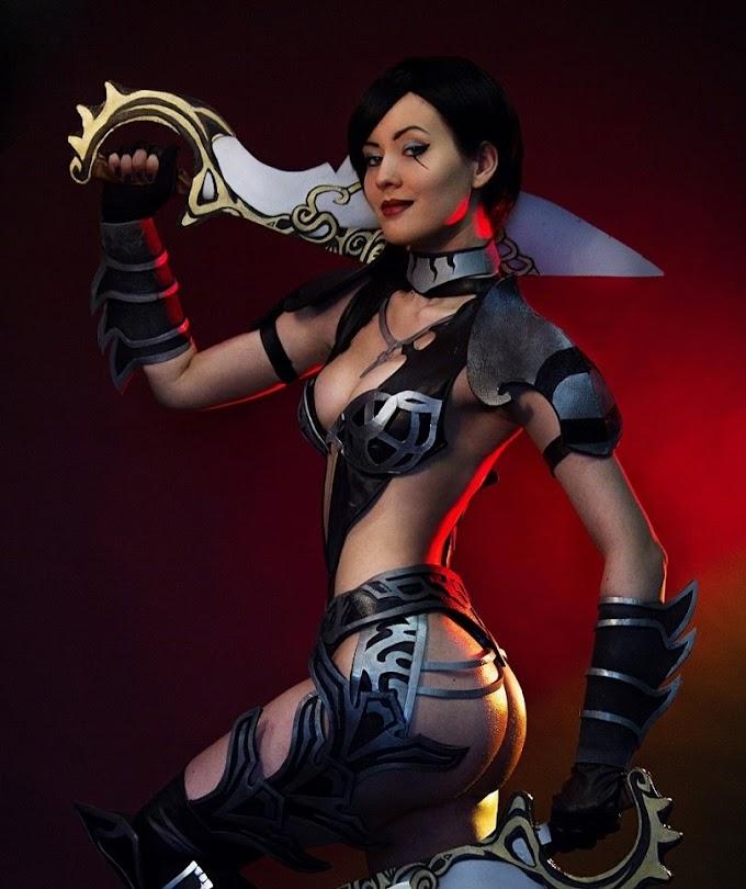 Oniksiya Sofinikum con su cosplay de Shahdee