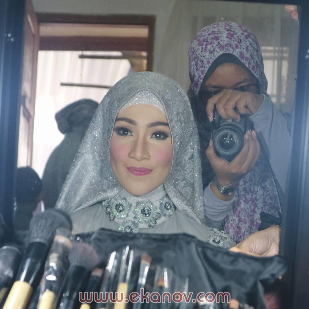 7 Inspirasi Tata Rias Pengantin Hijab Yang Syar'i – Tampil Cantik Muslimah Di Hari Bahagiamu