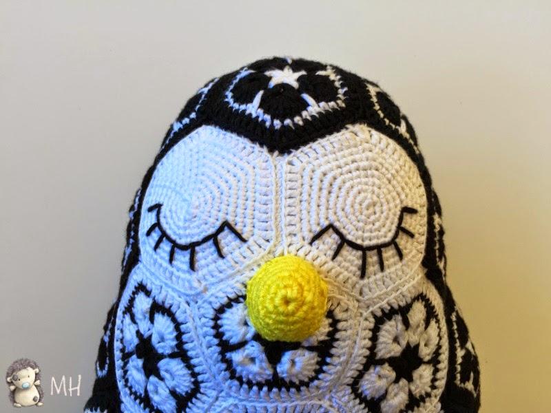 pingüino african flowetr, detalle ojos