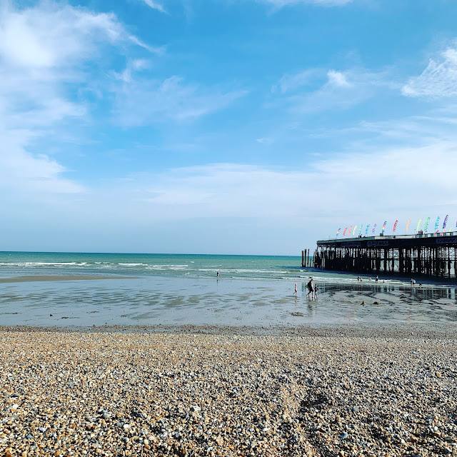Hastings pier from the beach