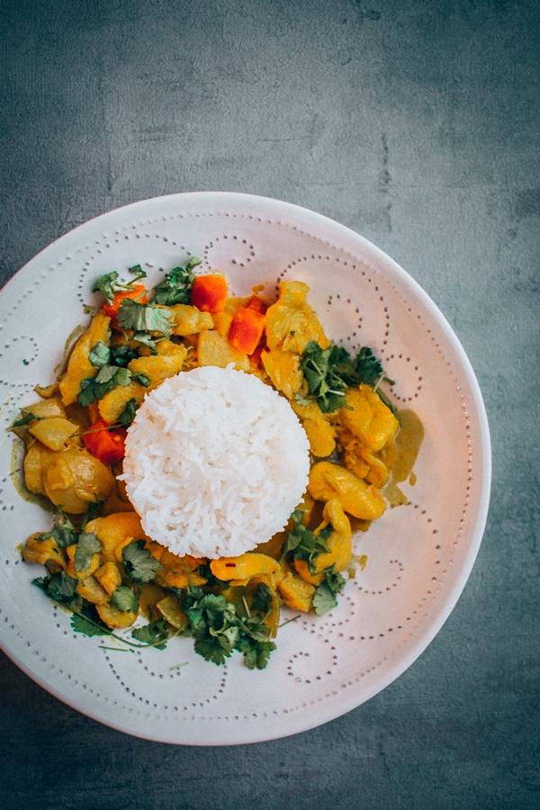 Tajskie żółte curry z kurczakiem