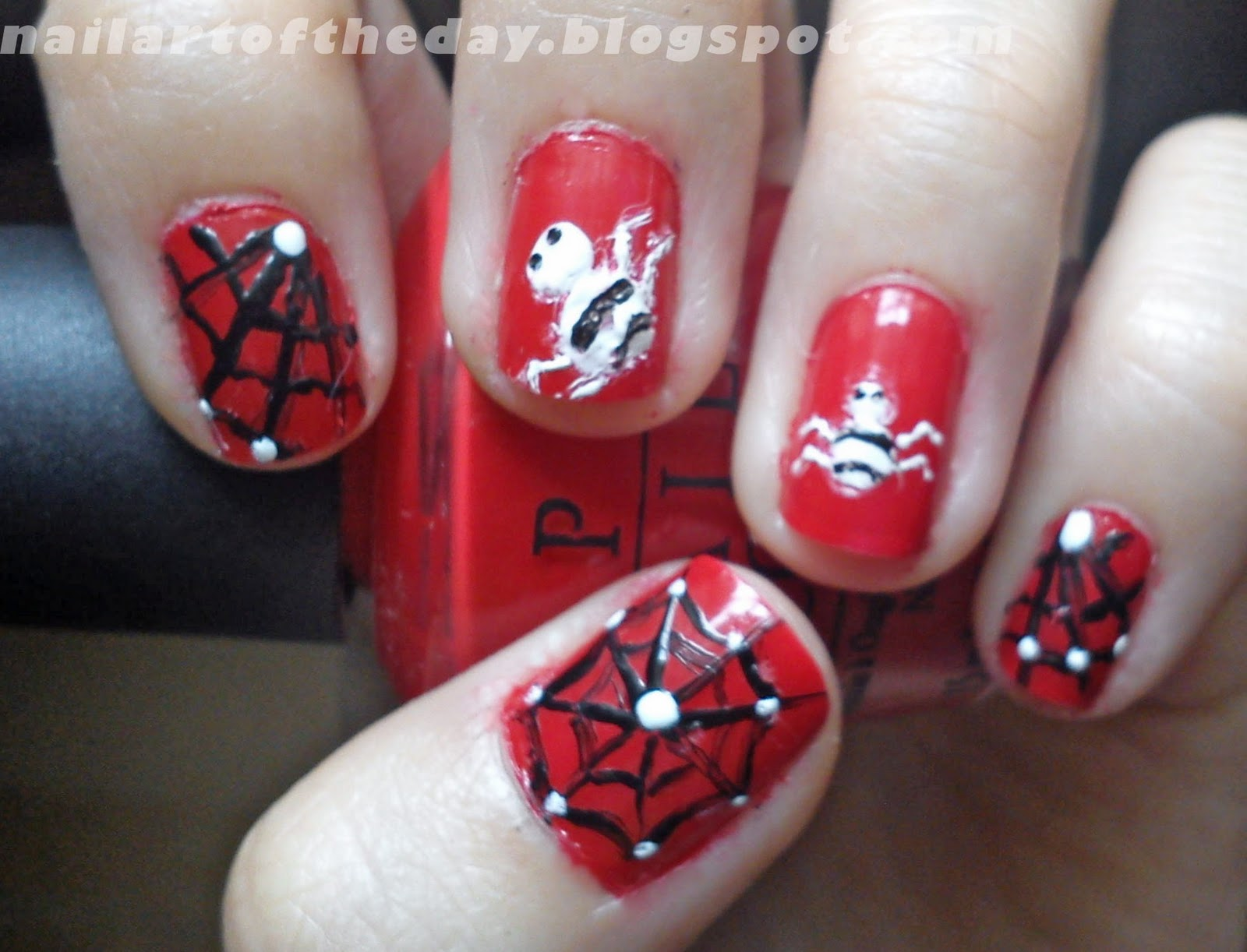 nail art of the day : Simple Design & Spider Nail Art