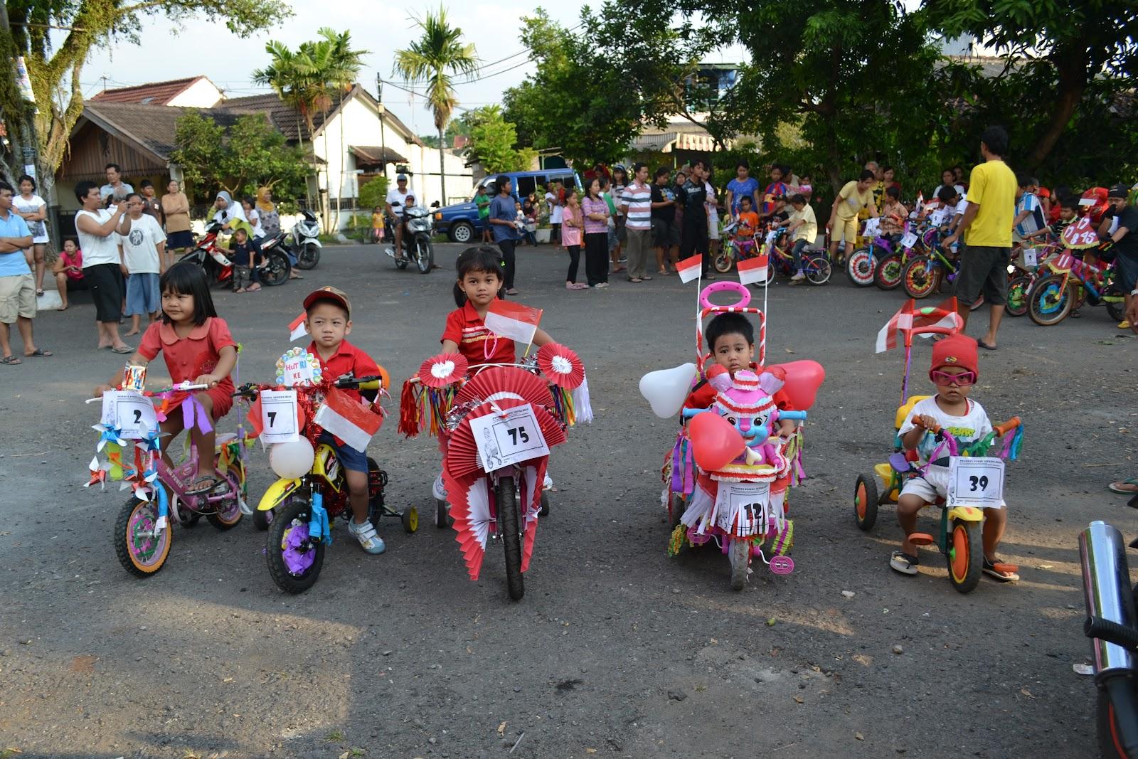 RW Pitulas BISA: Sepeda Hias Anak-anak RW XVII