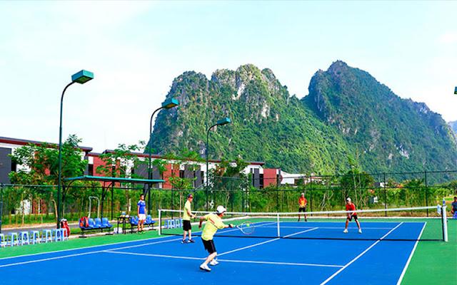 Sân tập tennis