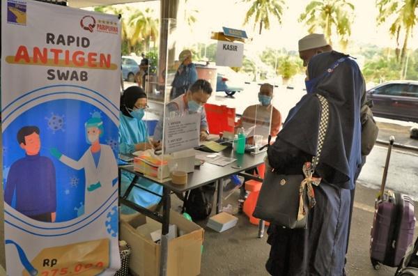 Penumpang Meningkat di Bandara Hang Nadim Batam, Pelayanan Rapid Test Antigen dan Antibodi Terus Berjalan