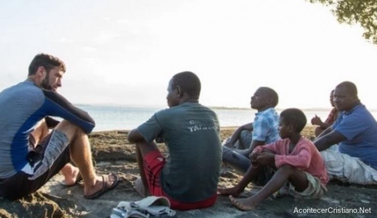 Llevando el Evangelio a refugiados