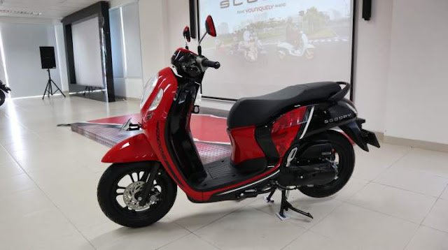 All New Scoopy 2021 Warna Sprty Red