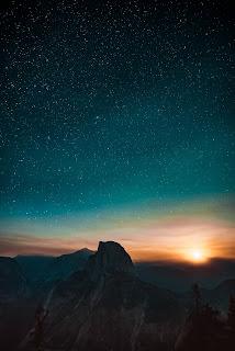 El Sol, La Luna y Las Estrellas en masonería: Dioses, Diosas y Espíritu