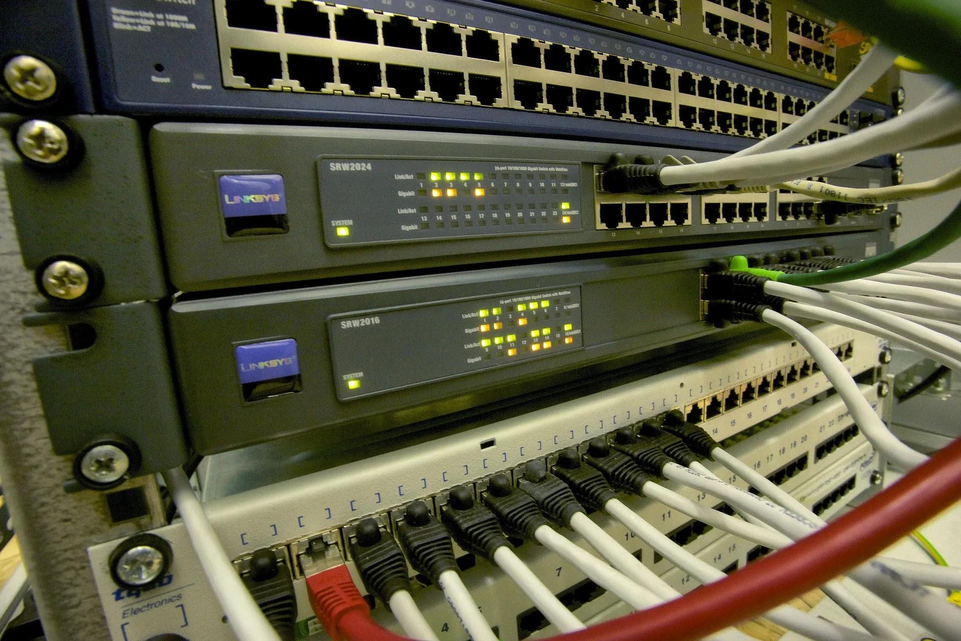 Router Os Debian Internet