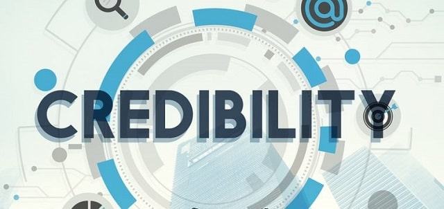 how to establish credibility online become industry expert