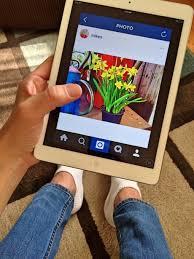 Penuhi instagram anda dengan postingan  merk produk anda.