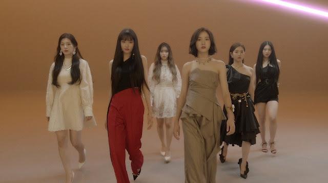 STAYC 스테이씨 kpop debut