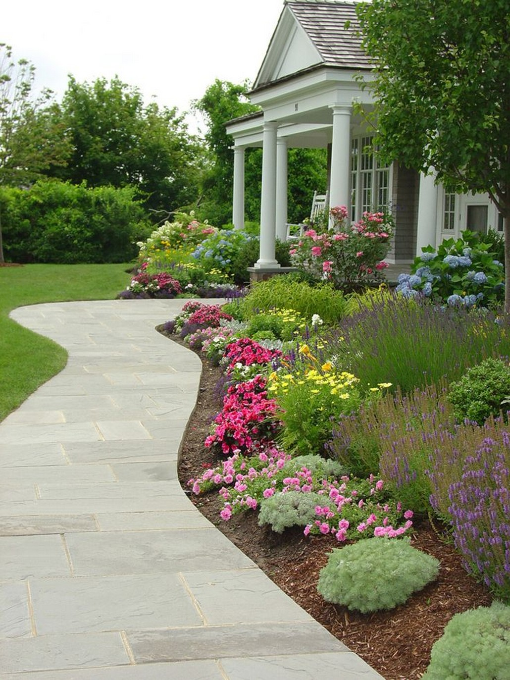 Matchless Design Inspiration of Front Yard You Need To See