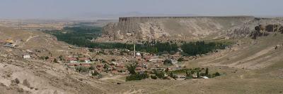 Parte Sur del Monasterio de Selime y Selime.
