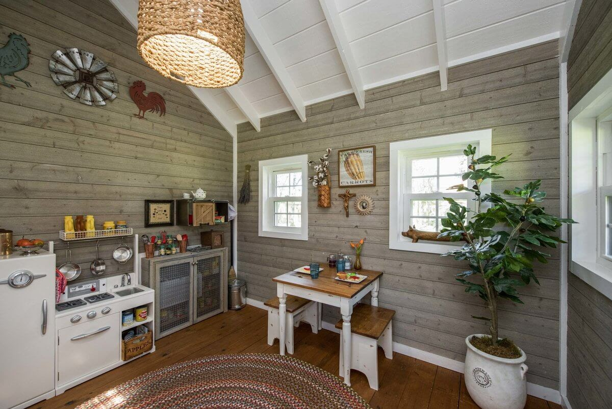 05-Pantry-GDB-Architecture-Tiny-House-Playhouse-www-designstack-co