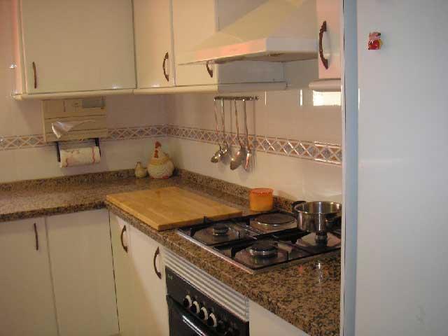 duplex en venta calle jorge juan castellon cocina1