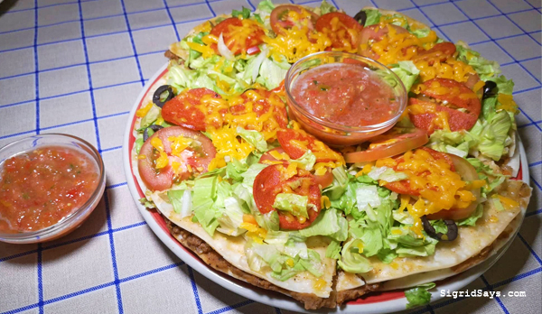 Los Trez Amigos Mexican restaurant - Bacolod restaurant - Bacolod blogger - Chef David Garcia - Mexican pizza - flour tortillas