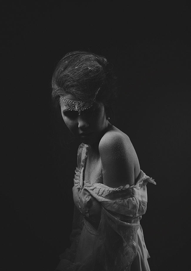 From the Attic // A Hauntingly Beautiful Photo Shoot (via Bubby and Bean)
