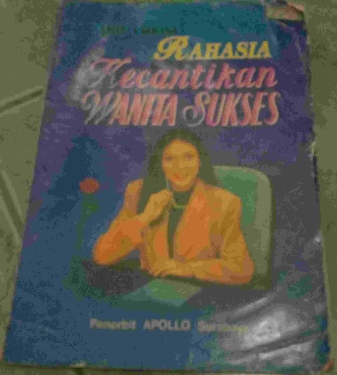 Review Buku Rahasia Kecantikan Wanita Sukses Karya Amelia Rovina