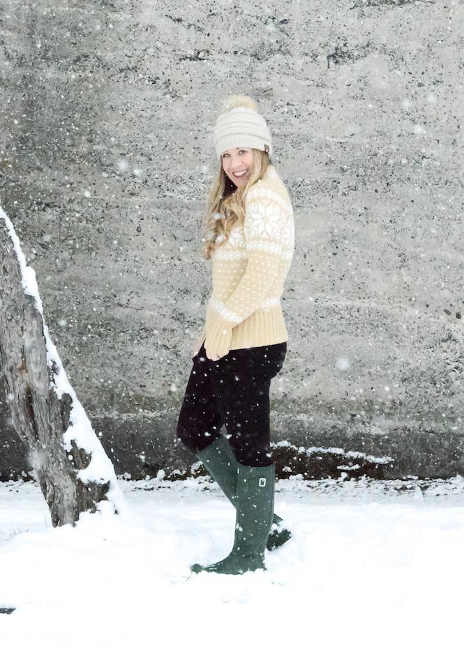 Snowflake Sweater Hunter Boots