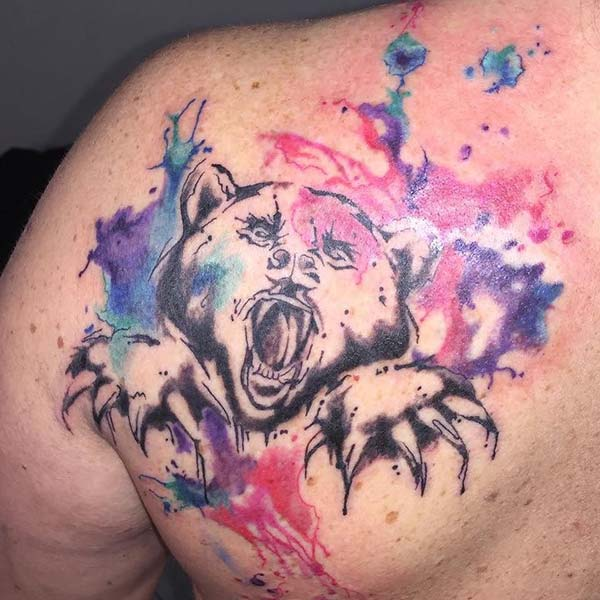 renkli watercolor ayı bear dövmesi tattoo